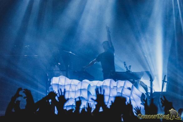 DSC1020 - Møme nous offre un concert surprenant à Bordeaux