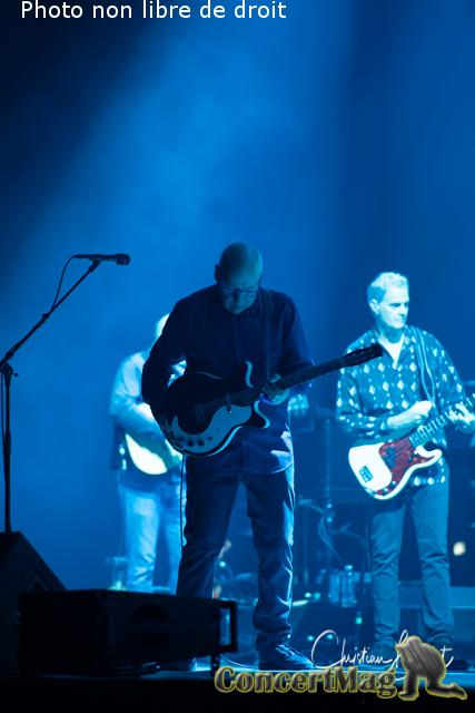 Christian Baillet Paris 2019 Mark Knopfler AccorHotels Arena 38 - Mark Knopfler en concert à Bercy, The Sultan Of Swing, l'un des derniers « guitare héros » !