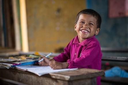 PO Boban Népal 2 - Rentrée scolaire perturbée : Silvàn Areg donne de la voix pour Aide et Action