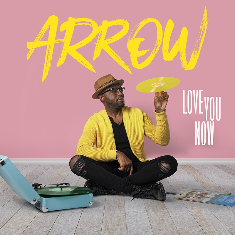 "thumbnail Cover Arrow Love you now - Arrow : ""Je suis un romantique à vie"" (Interview)"