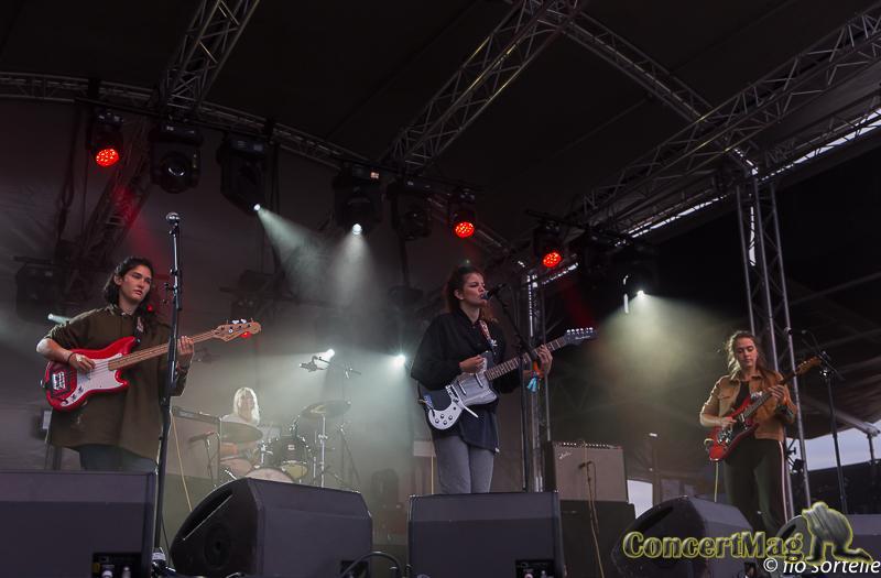 Hinds 5 - «Cabourg mon amour», le festival sur la plage - Jour 1
