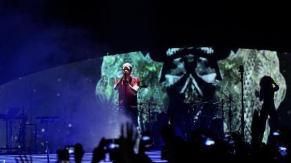 IMG 5937 v3 300x168 - Enrique Iglesias et le Sex and Love Tour