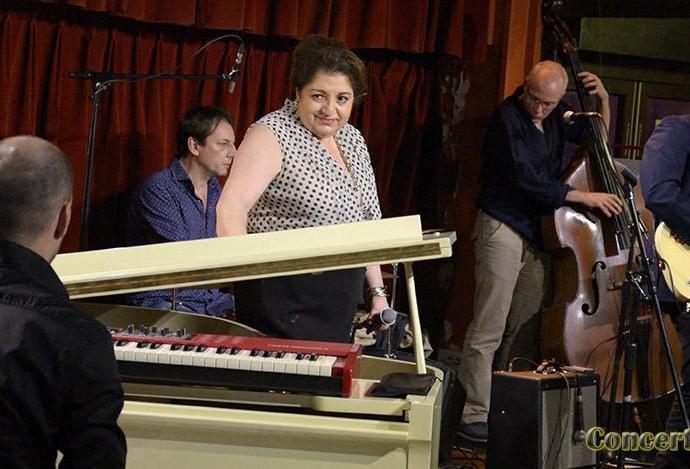 slide2 - Colette & The Strings Band à l'Entrepot, Paris