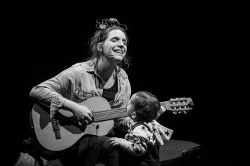 portuguese-singer-luisa-sobral-min