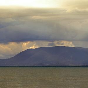 Da sinistra l'isola d'elba, punta delle Rocchette, Punta del Capezzolo, Castiglione della Pescaia