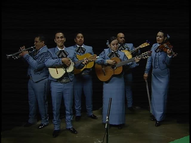 071416 Alma Mexicana Mariachi Band Serenades CV Live_28810079-159532