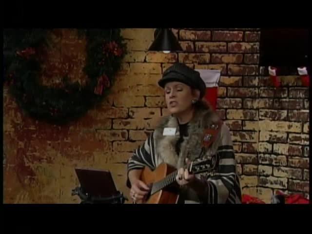 121916 Lori Jo Thomas- Christmas Music- CV Live_50696137