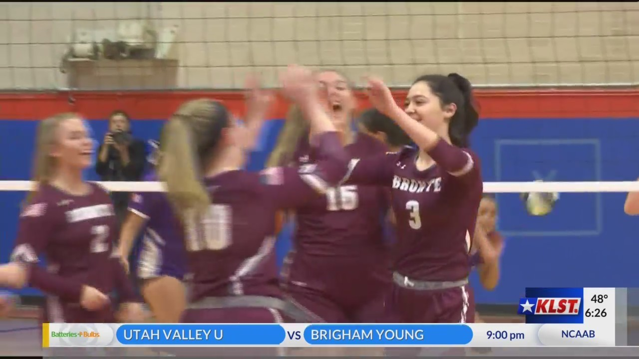 Bronte_volleyball_advances_to_Regional_F_0_20181110050518
