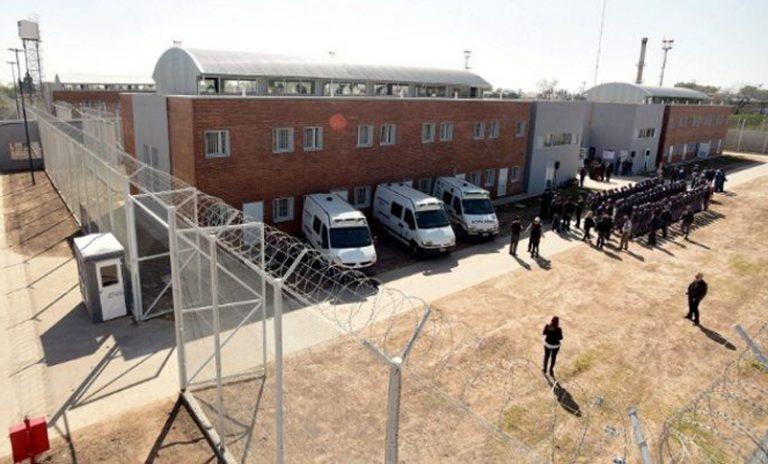 Atrapan a uno de los evadidos de la cárcel de Pérez