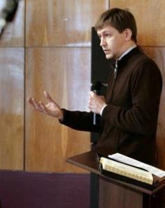 Rev. Alexey Navrotskyy