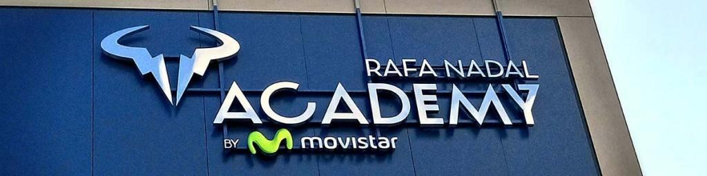 Letras corporeas academia Rafa Nadal | Láser Mallorca