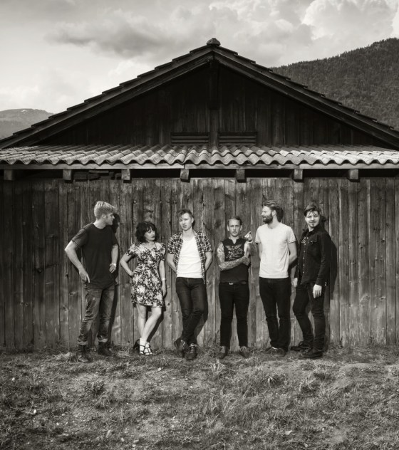Live Review: Skinny Lister @ Waterfront Studio