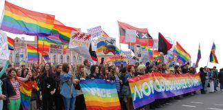 LGBT demonstration in St. Petersburg, 2014. Photo: Wikimedia, InkBoB