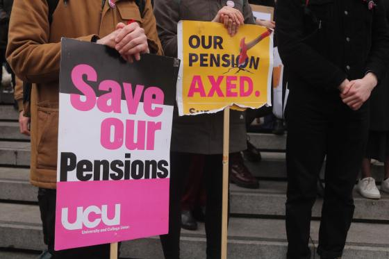 Offer made in pensions dispute could end strikes