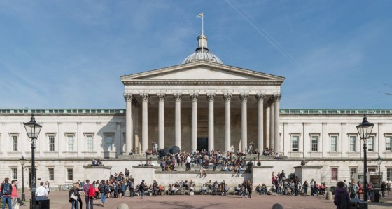 UCL bans student-staff relationships
