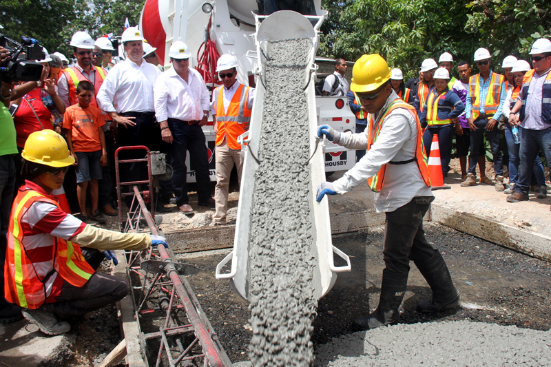Panama: CEMEX Paving Innovations Improve Quality of Life for 15,000 people in Panama