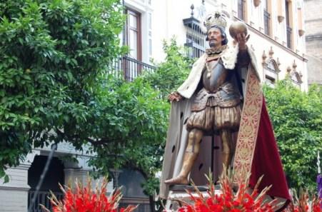 San Fernando III en procesión por Sevilla