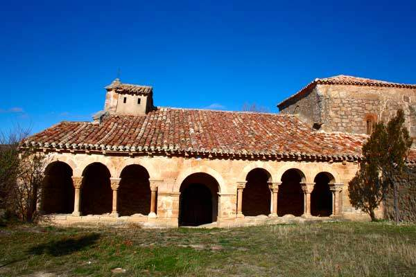 Iglesia románica de Omeñaca