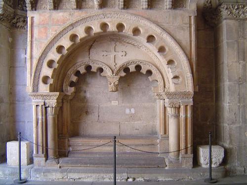 Sepulcro de Mudarra en la catedral de Burgos