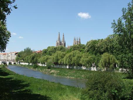 El río Arlanzón a su paso por Burgos
