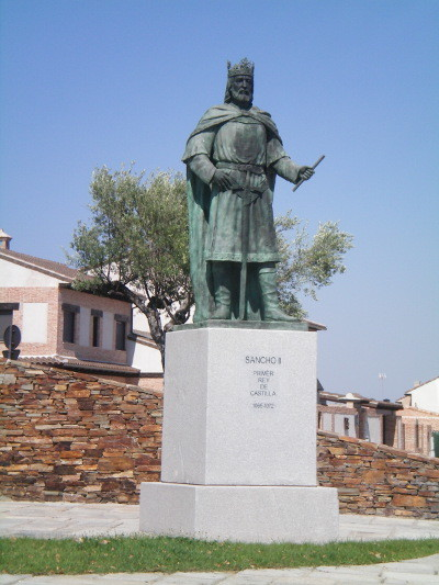 11 estatua sancho ii