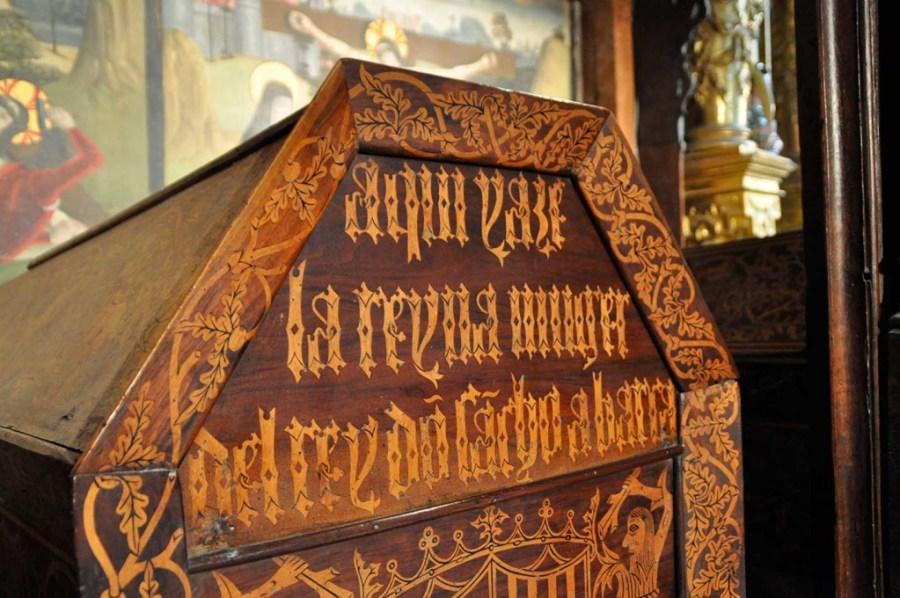 Sepulcro de la reina Muniadonna o Mayor en el Panteón Condal de San Salvador de Oña