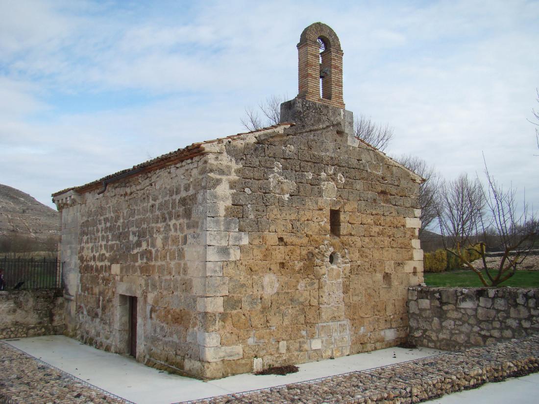 Fachada oeste de Santa María de Cárdaba