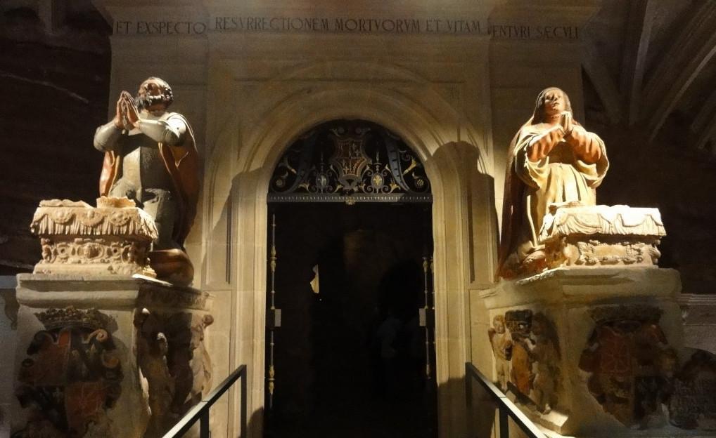 Sepulcros de García Sánchez III y Estefanía en Nájera