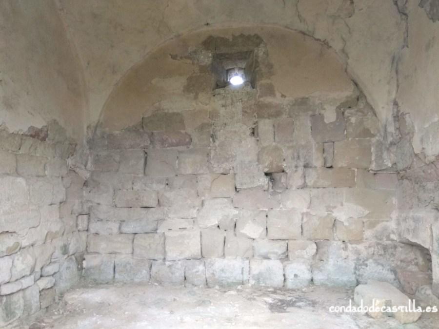 Interior de San Félix de Oca