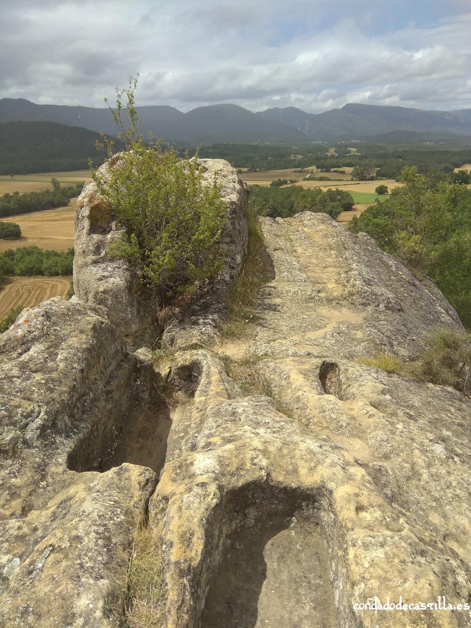 Posible osario y localización del templo