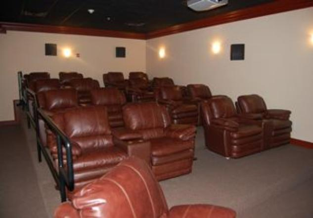 Beau View Condo Vacation Rental On Site Movie Theatre Adult Pool