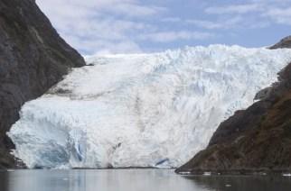 Magellanstraße, Chile: Wände mal nicht aus Beton, sondern aus beeindruckenden Eismassen.