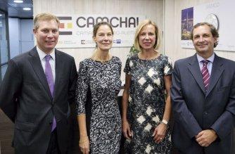 neuer Vorstand der AHK Chile mit Gabriele Lothholz
