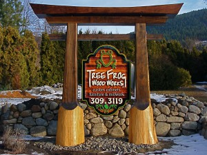 sandblasted cedar sign with beautiful custom log post system