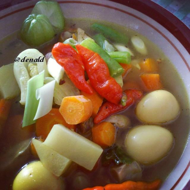 Sop sayuran pedas