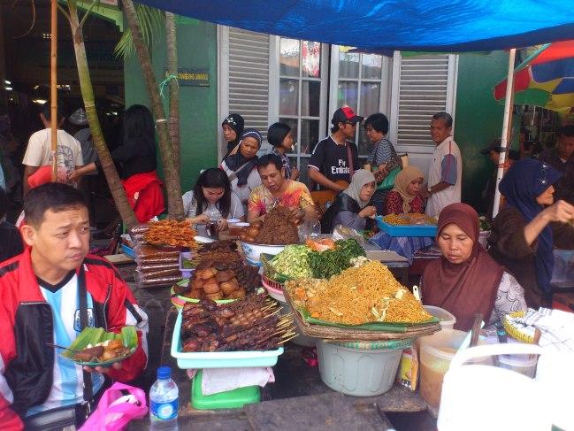 Pecel didepan Pasar Beringharjo. Kalau melihat foto ini selalu kangen kota Jogjakarta.