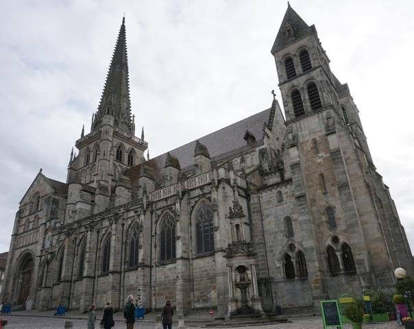 Katedral Saint-Lazare di Autun