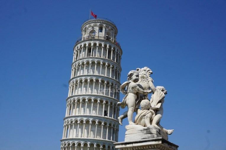 Ketika kami di Pisa