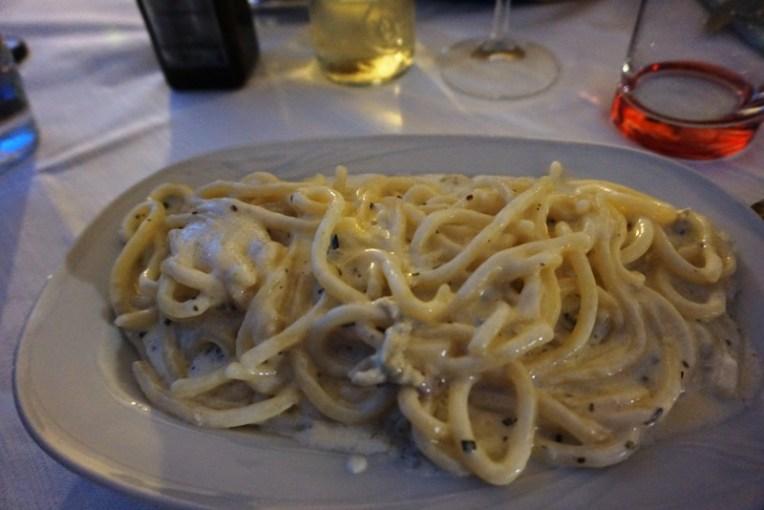 Spaghetti entah pakai krim apa