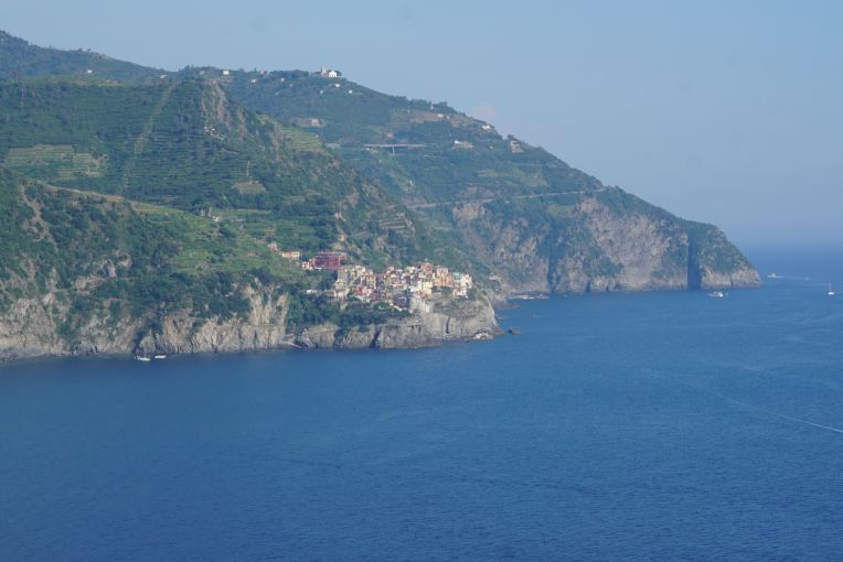 Manarolla dilihat dari Corniglia