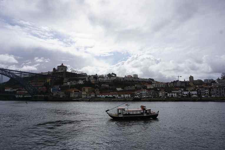 Cais da Ribeira di Porto - Portugal