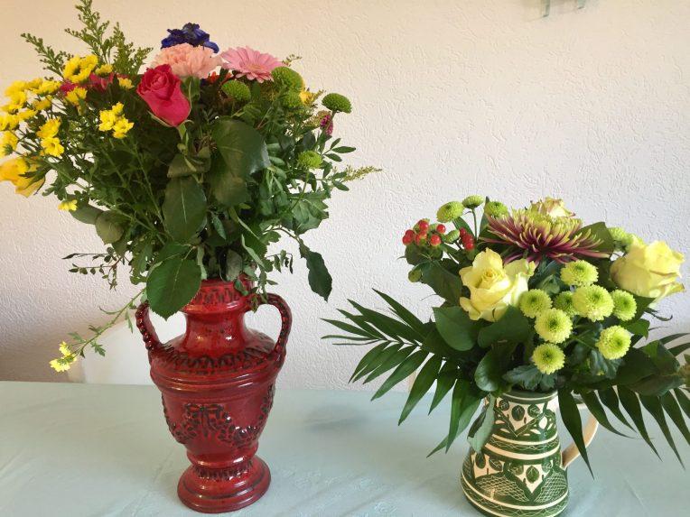 Bunga ucapan selamat dari suami dan tetangga