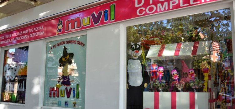 Reapertura de la tienda Muvil Disfraces en Canals