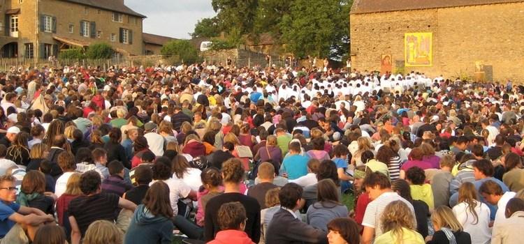 T'agradaria anar a Taizé? Ara ja no tens excusa… la parròquia ha organitzat un viatge!!