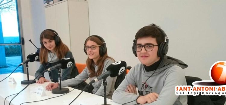Alumnes de 2n d'ESO del CEIP Sant Antoni de Canals han participat en el Rosquilletres, un programa de ràdio de À Punt Mèdia