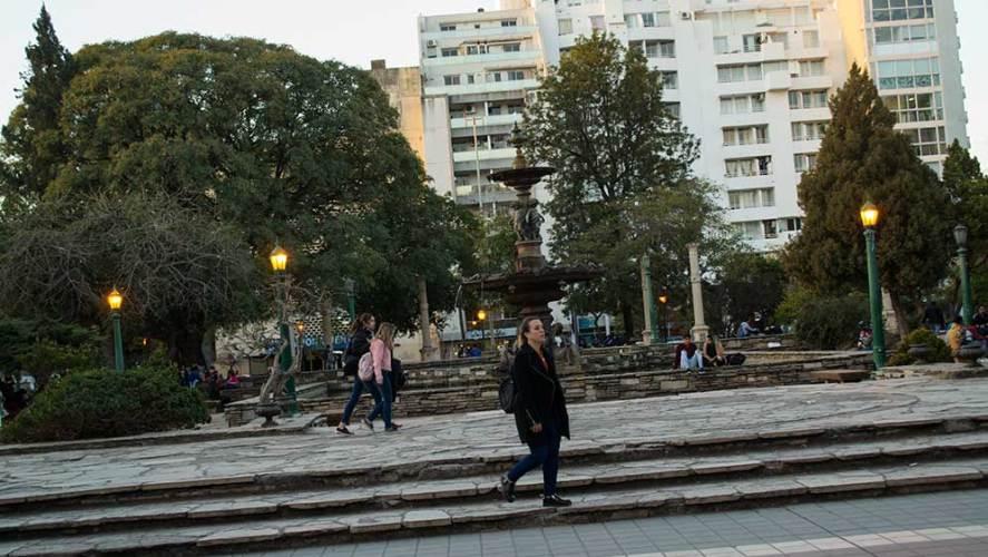 Córdoba de Novela: Mujer y Maestra en un mundo de hombres