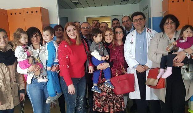 Confcommercio, donazione colombe al reparto di pediatria dell'ospedale di Agrigento