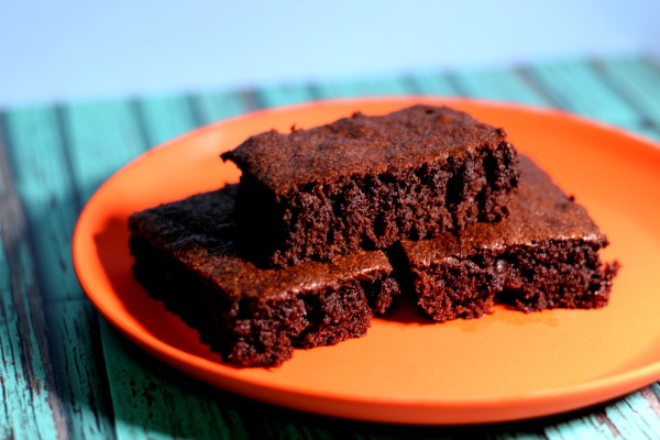 The best, never fail recipe for easy brownies!