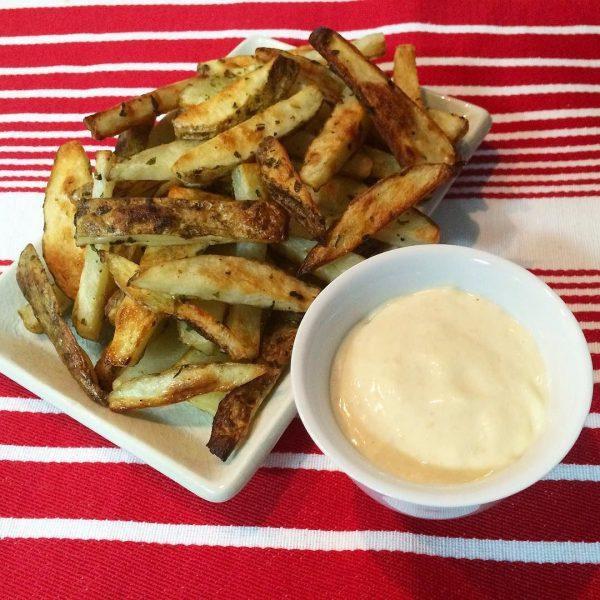 Oven Baked Garlic Sweet Potato Wedges