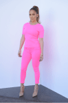 Glam-Aholic Retail Therapy: Jennifer Lopez's Hot Pink J Brand Look